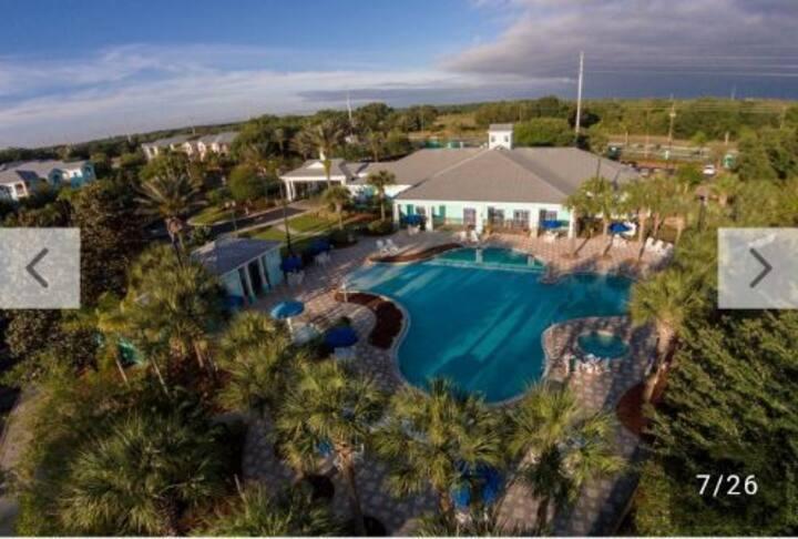 Festiva Resort 1 BDRM deluxe