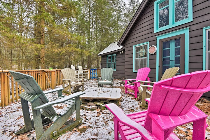Secluded Lake Harmony Cabin w/ Resort Amenities!