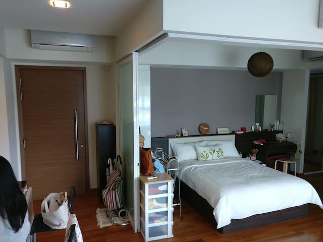 Comfy Apartment @ Tresalveo