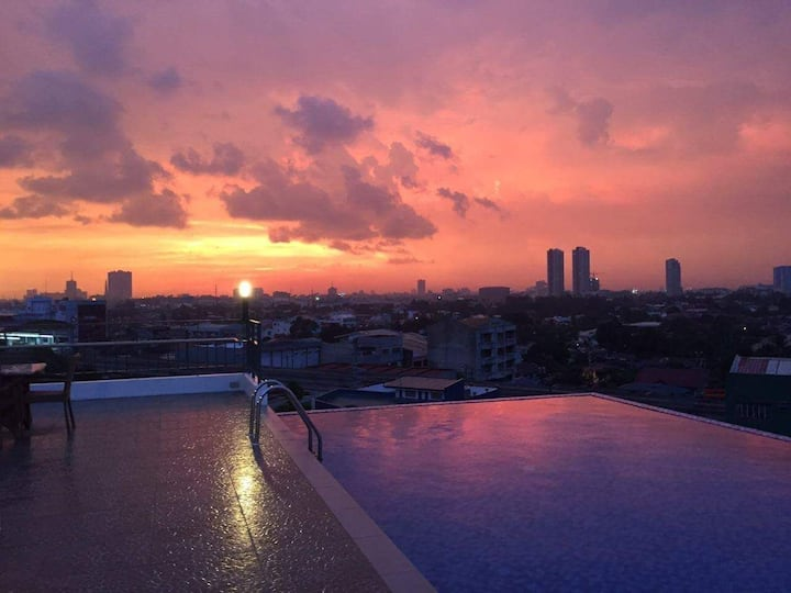 Aurora Residences with Infinity pool, skylounge