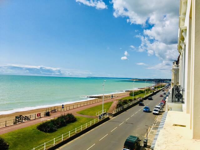 Fabulous Sea Front Apartment in St Leonards on sea
