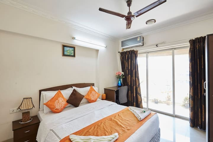 Amazing stay at Chandivali 2bhk with breakfast