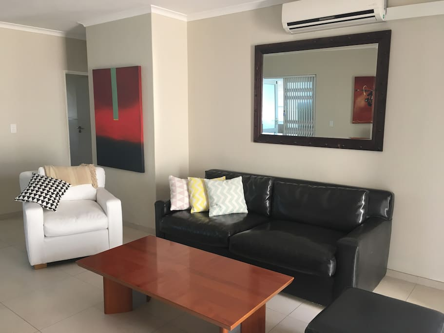 Lounge / sitting area with air-conditioning