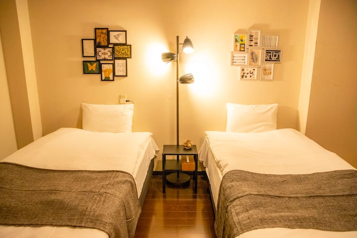【5 min by Station】Spacious room for 4 people