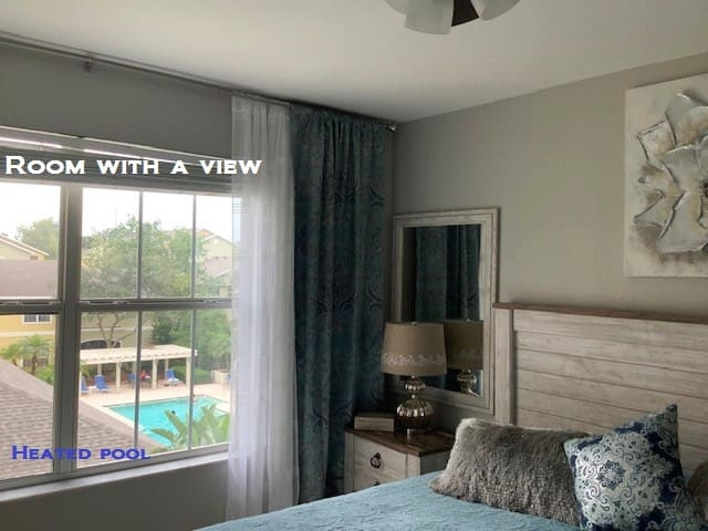 NEW.WONDERFUL  AND  MODERN  CONDO  WITH  POOL VIEW