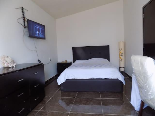 Excelente habitación cómoda y económica en Puebla!