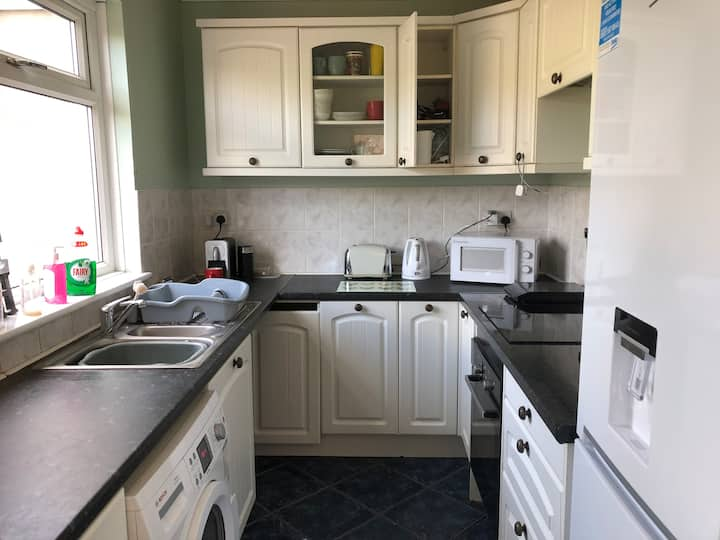 Nice Cosy Single Room Close to City Centre
