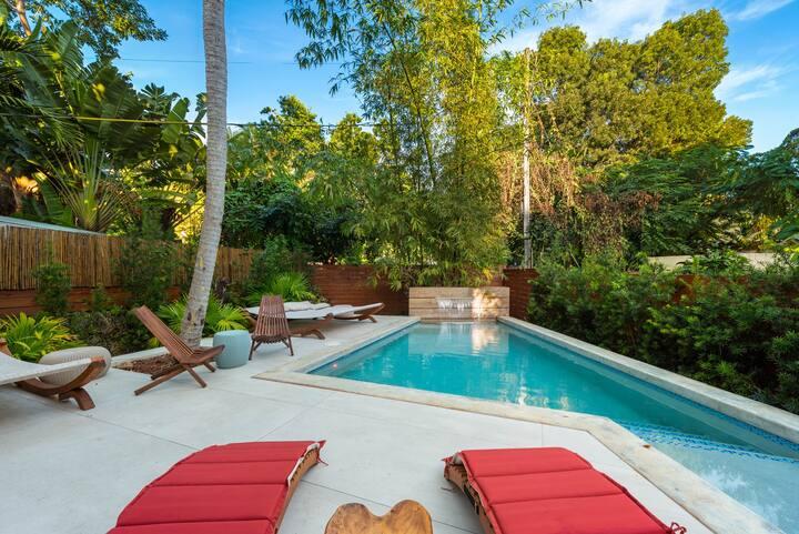 New! Lush Bali-Fornia Sleek Miami Villa with Pool!