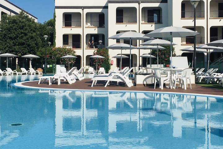 Cheerful apartment with AC close to the Adriatic coast