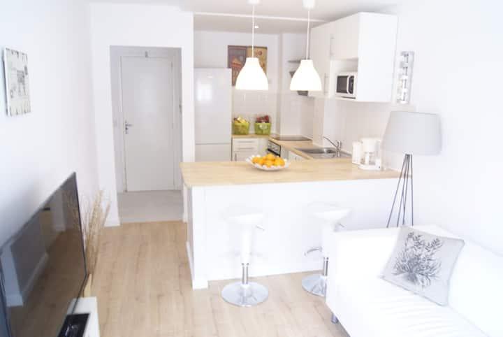 Apartamento de una habitacion con jardin privado