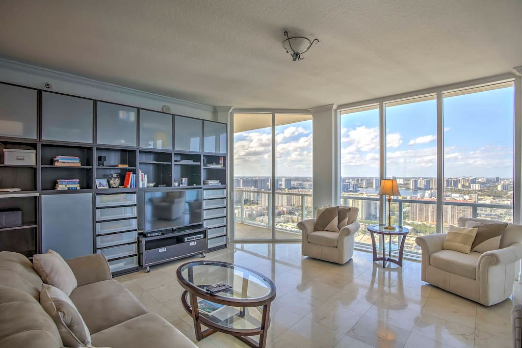 The condo features 4 bedrooms and 5.5 bathrooms.