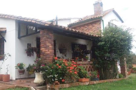 Hermosa casa de campo - Guasca - Ev