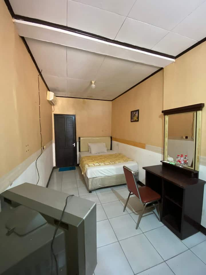 Single Room at Hotel Manau