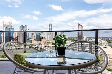 Warming Apartment <Huge Balcony/ Exceptional View>