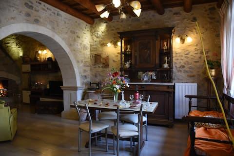 Villa Estia ( Fondo tradicional )
