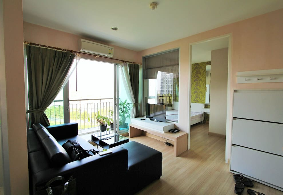Cosy flat close to centre of Bangkok and airport!