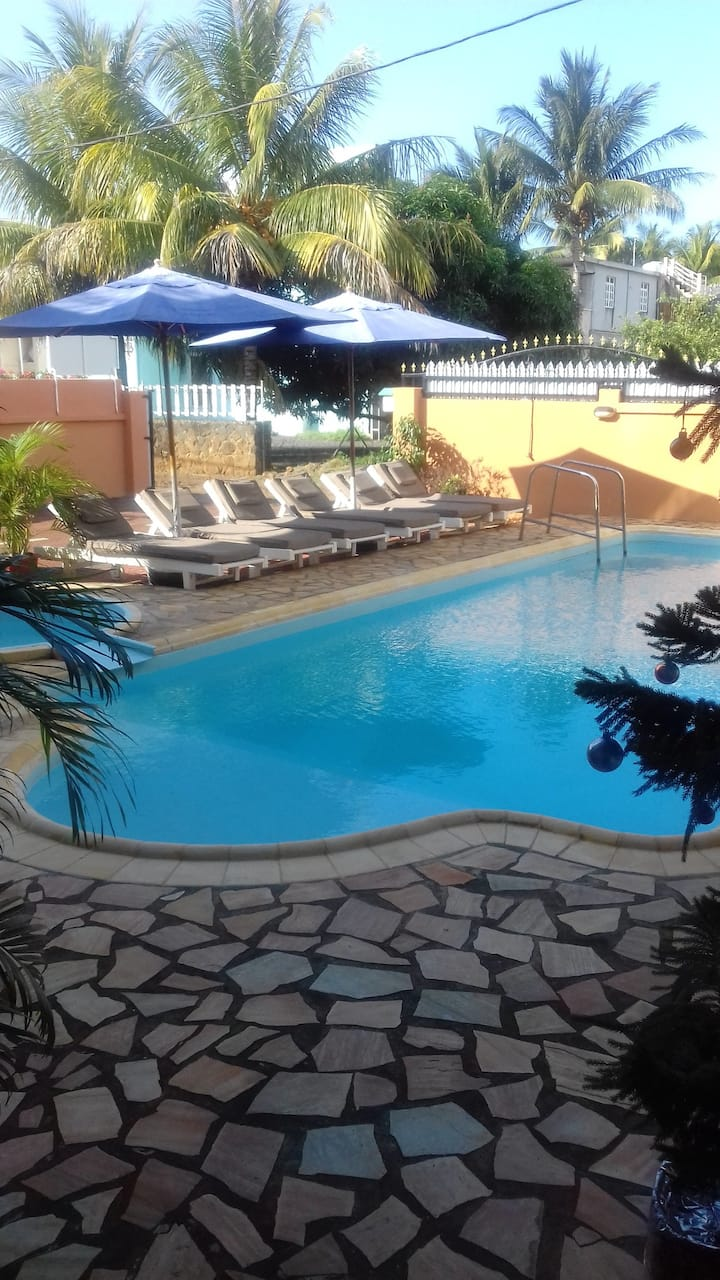 Amazing apt with shared pool & Wifi