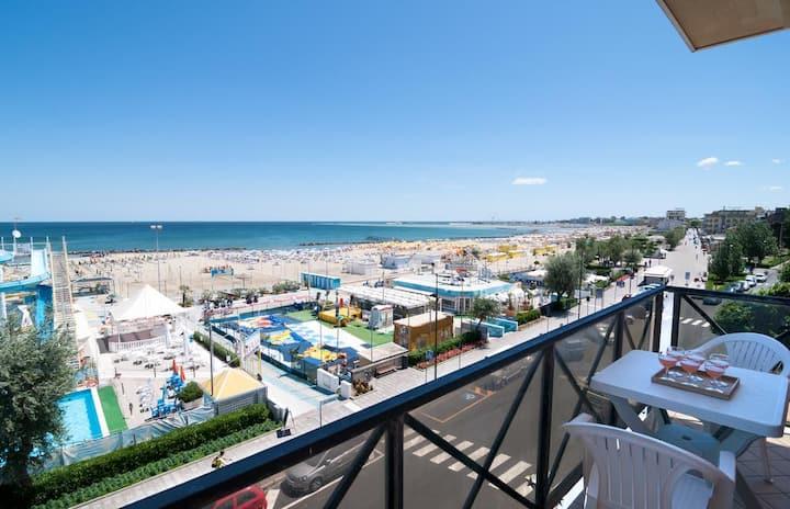 Appartement Vue Mer à 5 mètres de la plage