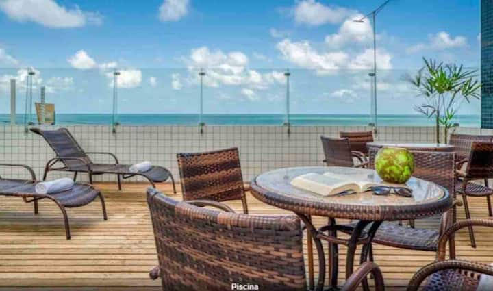 Flat/loft beira mar na Praia de Areia Preta