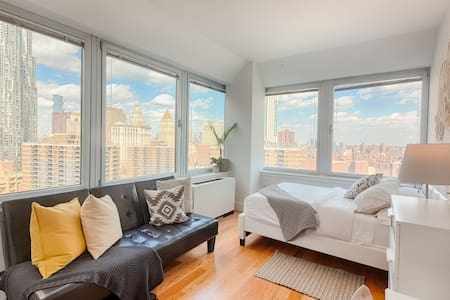 Superior Room with Private Bathroom in Manhattan
