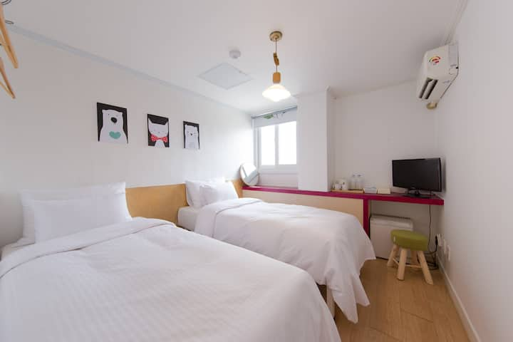 44)Cozy house nearby Dongdaemoon and Myeongdong