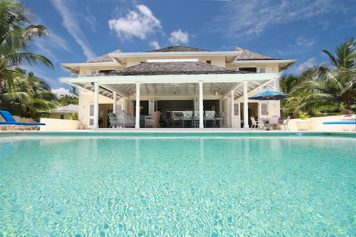 Paradise Plum - Rose Hall, Montego Bay, Jamaica - Montego Bay - House