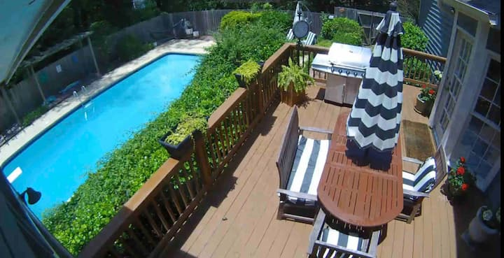 Large Home with POOL in Indian Hills Country Club