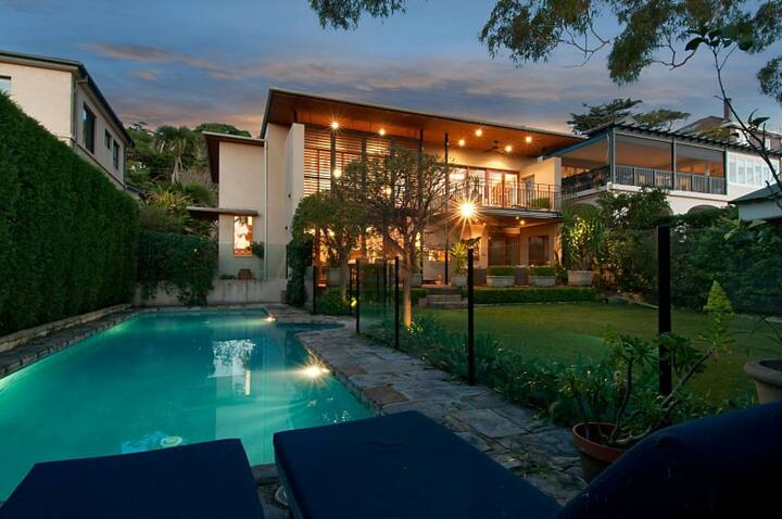 PROS - Somerset Luxury Home in Mosman