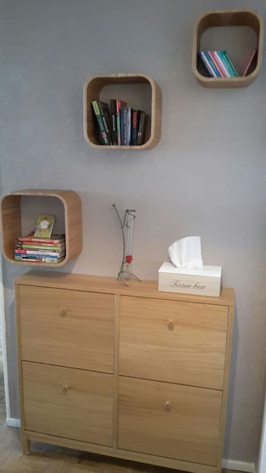 Petite bibliothèque à votre disposition