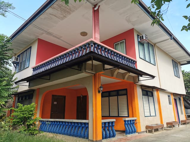 Granny-G Guest House Palawan
