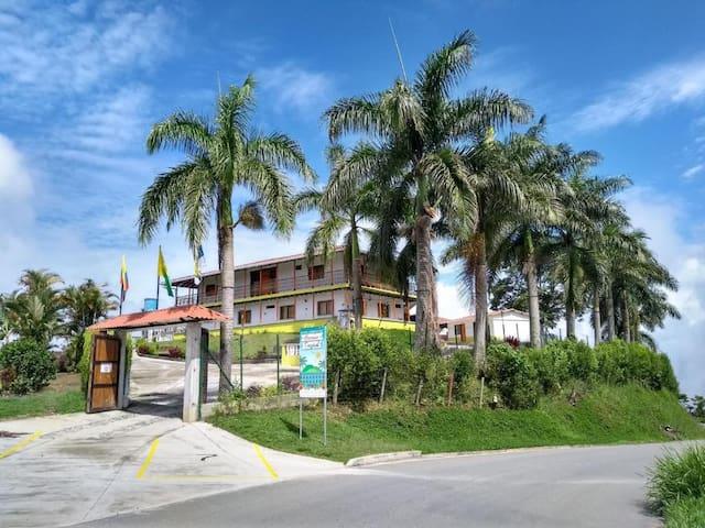 Hotel Campestre Paraíso Tropical