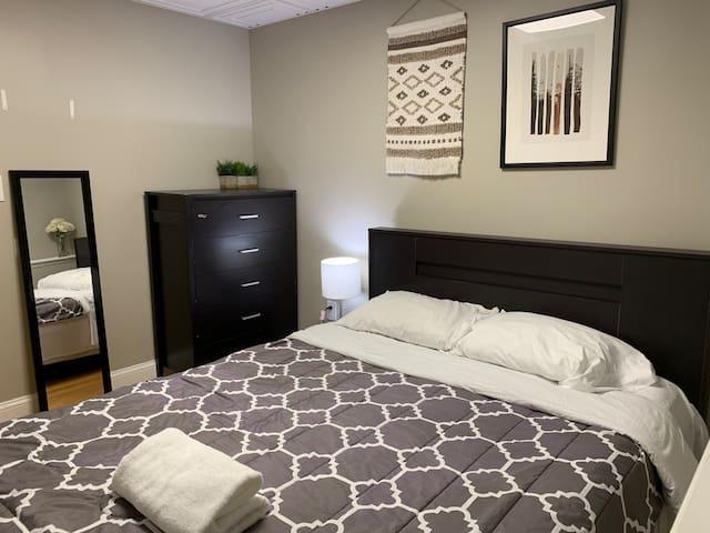 Best location: Harvard Sq Room near MIT and River