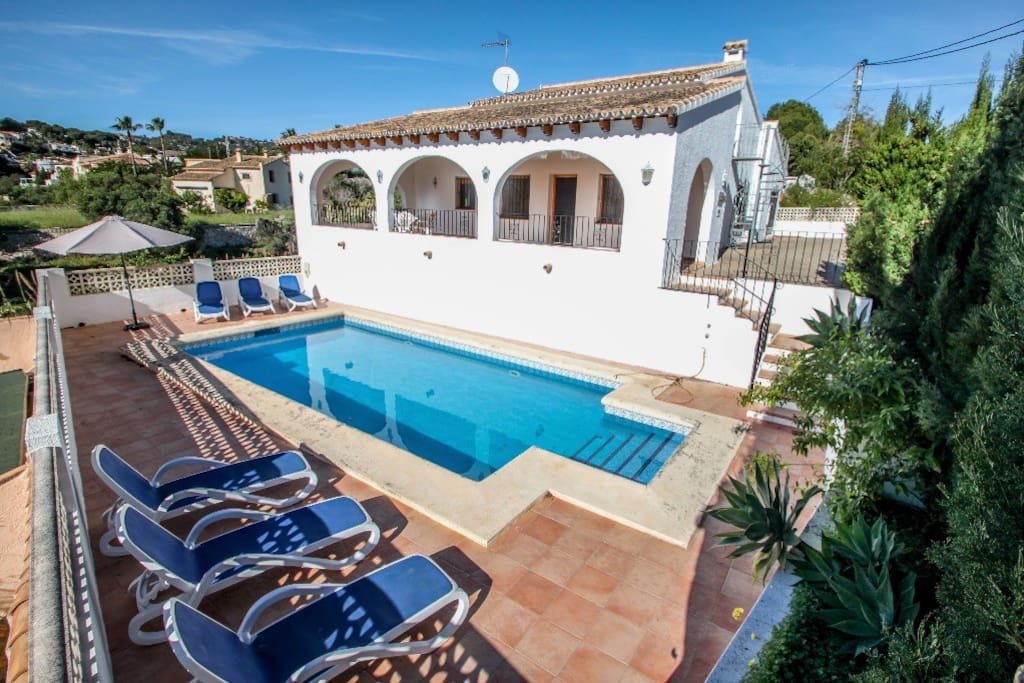 Cometa Holiday Home With Private Swimming Pool In Benissa Villas For Rent In Benissa Spain