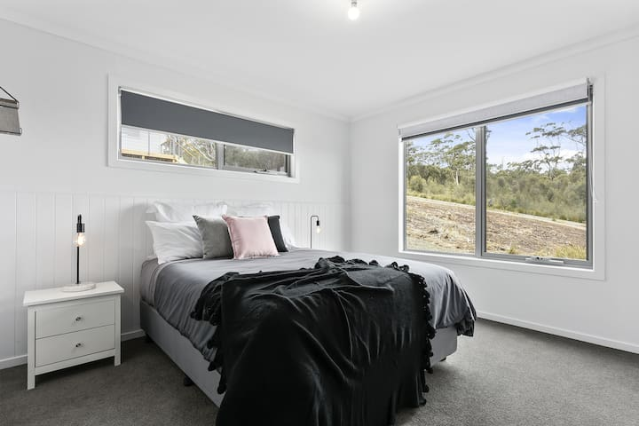 The Murray - master bedroom