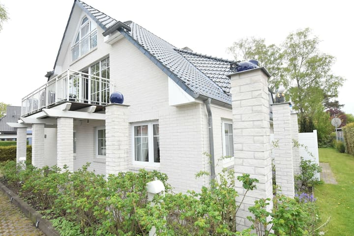 Cozy Apartment in Zingst Germany with Garden