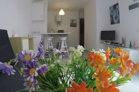 Central apartment, 5 minutes from the beach - Castillo Caleta de Fuste