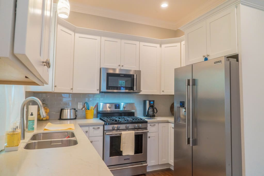 Fully equipped kitchen for cooking and eating at home (see amenities list).