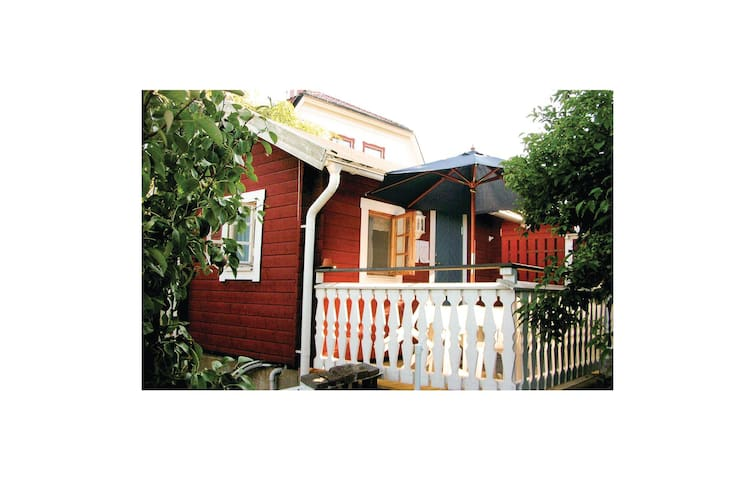 Holiday cottage with 1 room on 10m² in Vimmerby