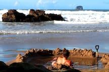 Hot Water Beach Hot Pools