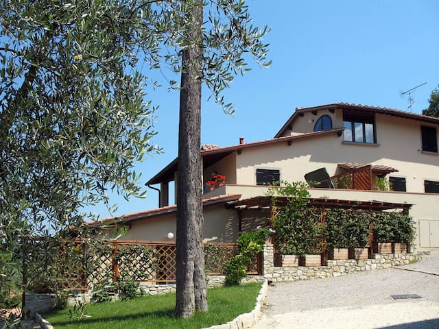 House Le Coste for 5 persons