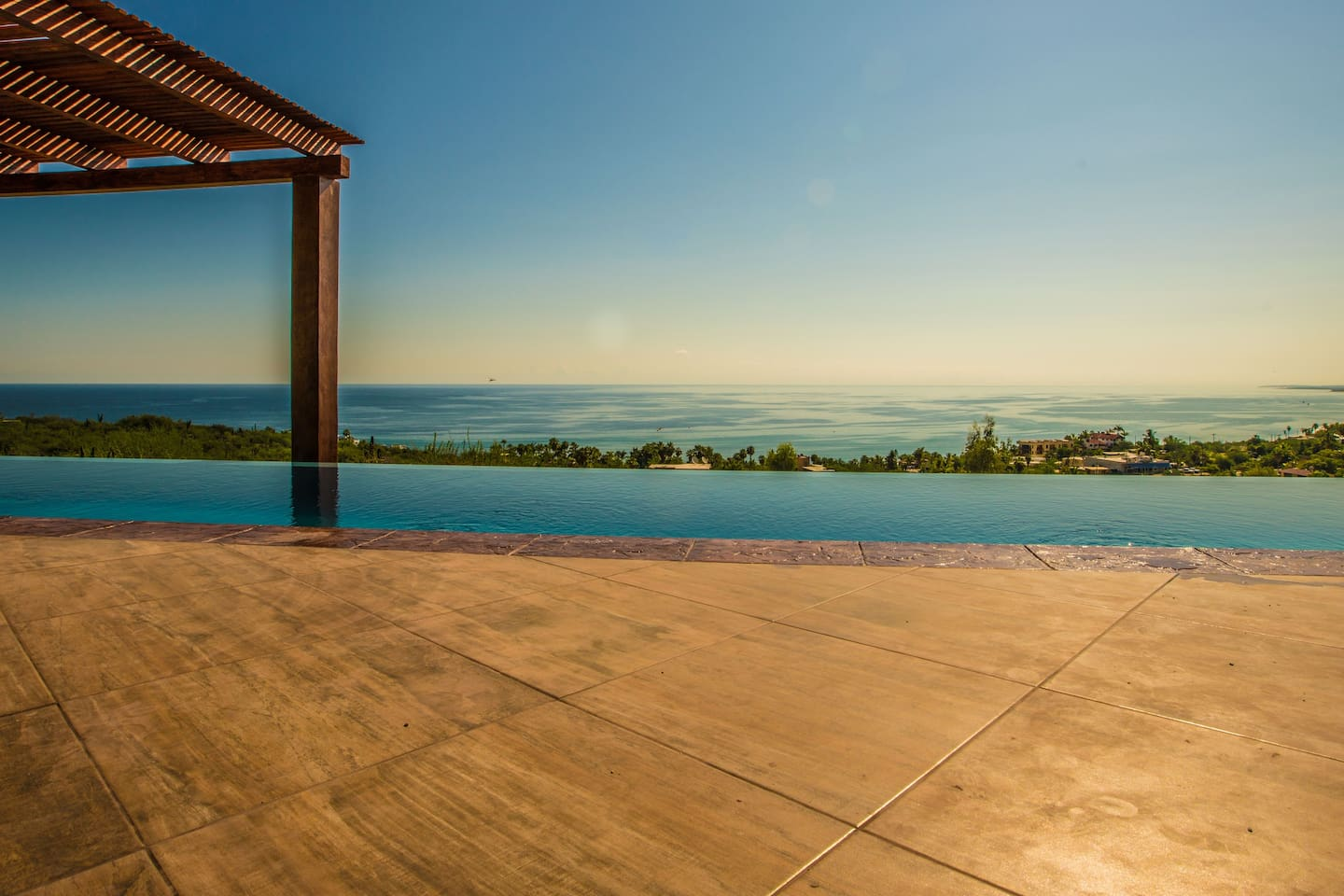 Side view of the natural Salt Water Infinity Pool