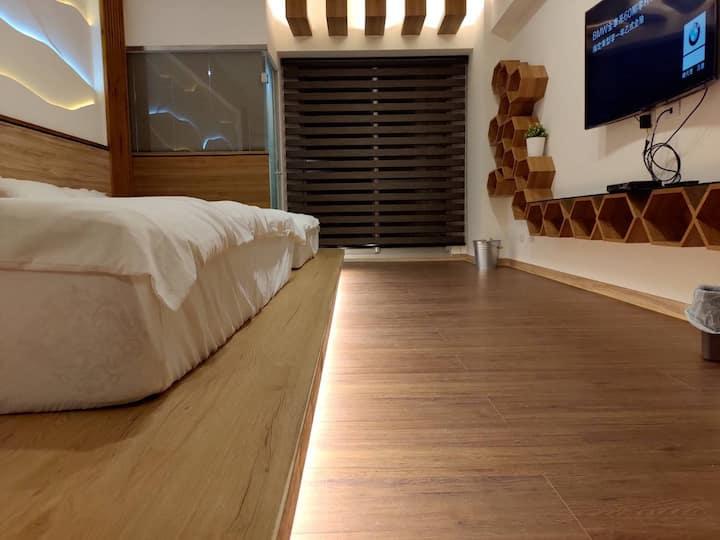 懶海-舒舒服服雙人房或可加床至歡樂四人房(戲水池已開放)