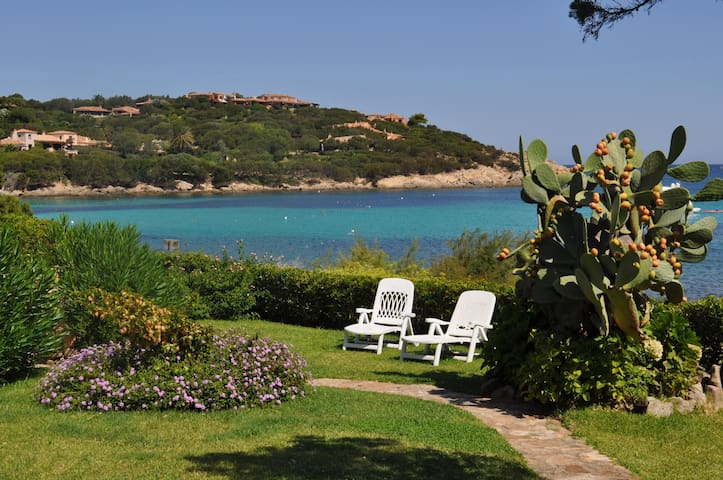 """Il Fico d'India"" sea-front with breathtaking view - Porto Cervo - Квартира"