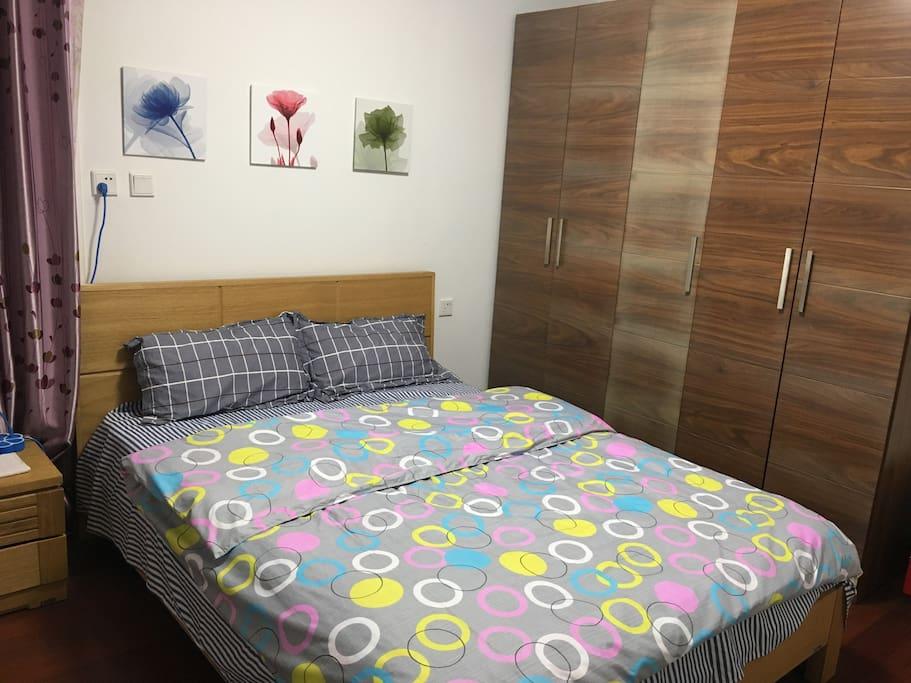 大床房给你宽敞自由的私密空间