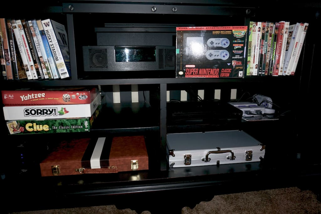 Nintendo/Movies/DVD/Radio/Games