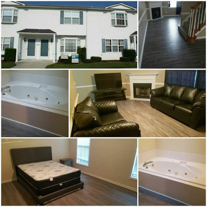 Sterling 2 Bedroom Townhouse near Vidant and ECU