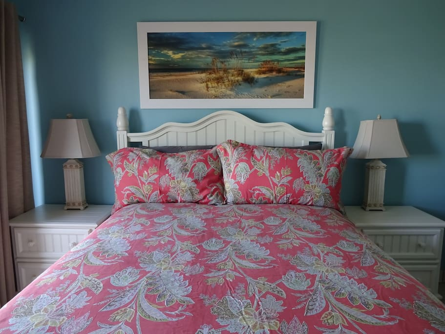 Pinnacle Port Resort Condominiums For Rent In Panama City Beach Florida United States