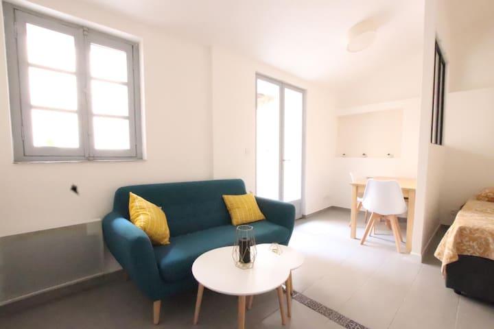 Studio avec terrasse Saint-Charles /Vieux Port