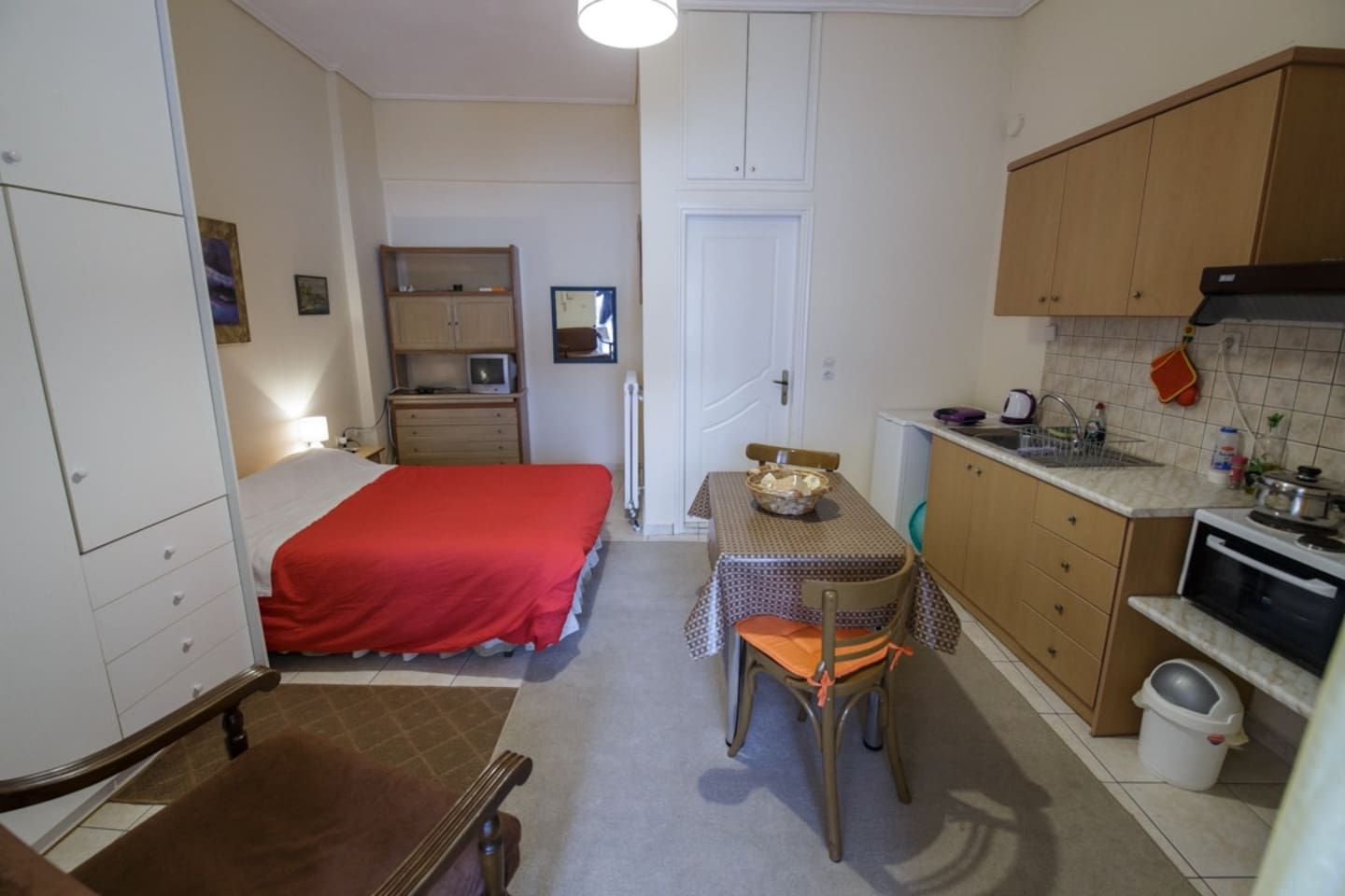 Spacious flat with fully equipped kitchen