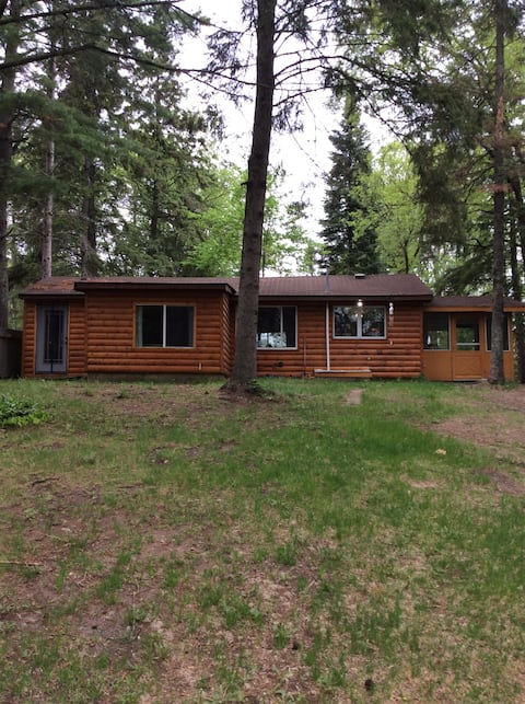 Knotty pine cabin on the popular Lawrence Lake!